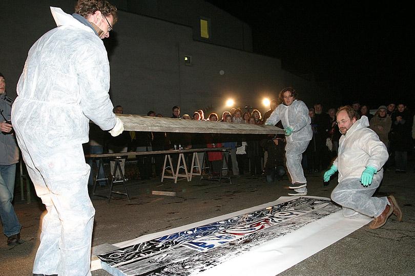 Performance in der Städtischen Galerie, Kulturzentrum August Everding, 2004. Foto © Michael Kaprol.